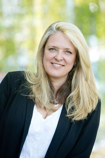 Joanna Wells